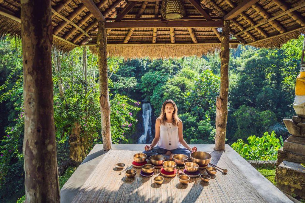 meditáció a dzsungelben Bali